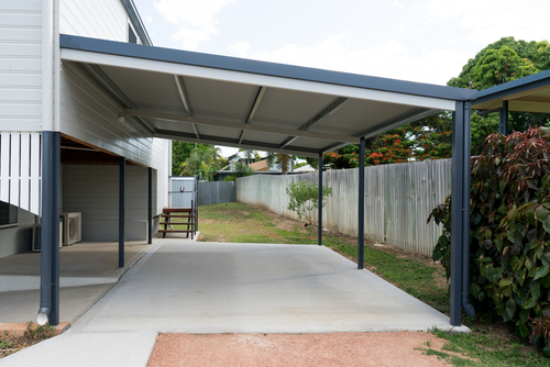 Fully,Renovated,High,Set,Queenslander,Style,House,With,New,Carport